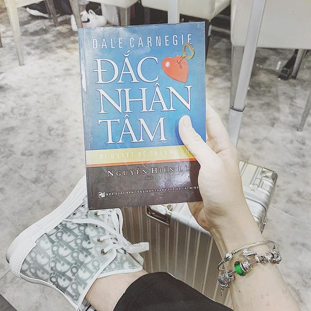 dac nhan tam review